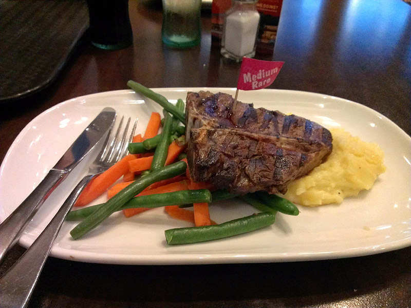 Dooleys Lidcombe: T-Bone Steak